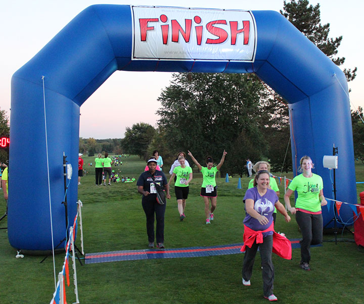 Run4Winr Finish Line Inflatable Arch Rental